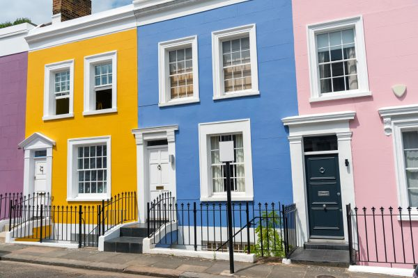Painted houses, redecorated in Farnham, Guildford & Surrey.